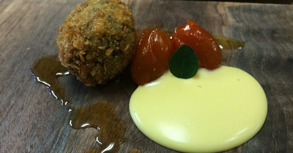 Goat cheese nugget with curry pudding