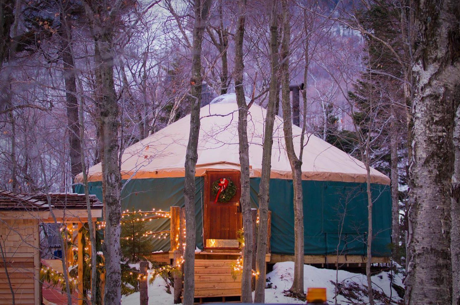 Fine dining on the mountain ledgewood yurt jackson house fine dining on the mountain ledgewood yurt kristyandbryce Gallery